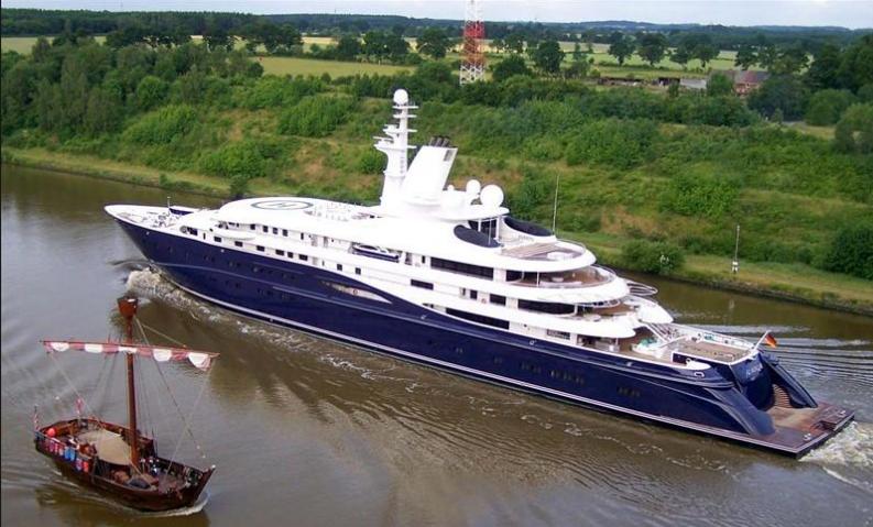 Al-Mirqab-Yacht