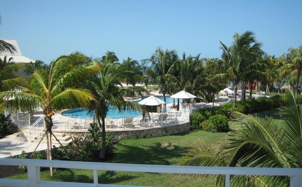 Bahamas-Resort-Ocean-View-Condo-BTC