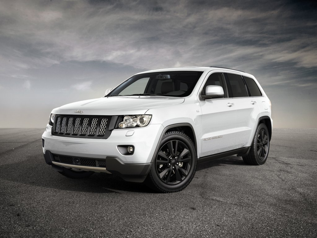 Jeep-Grand-Cherokee-SRT-WK2-2013