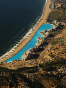 worlds-largest-swimming-pool-10