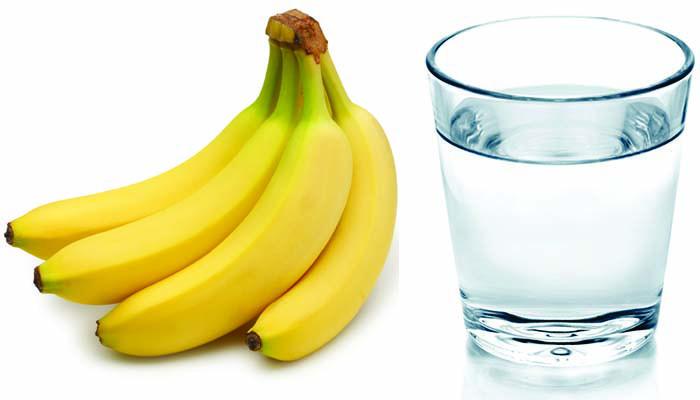 eat-banana-and-drink-hot-water